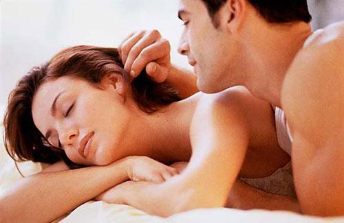 Chuyện ấy vào buổi sáng: ban sớm là lúc các cặp đôi có lượng hoóc môn giới tính tăng cao