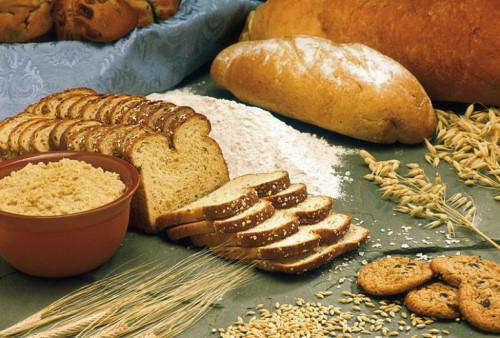 Ăn nhiều thực phẩm chứa nhiều tinh bột sẽ làm da xấu đi