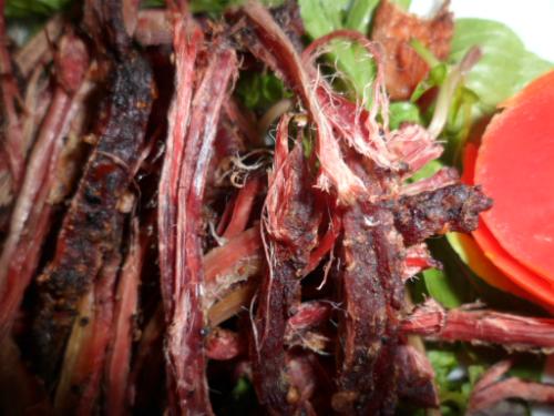 Giá một kg đặc sản ăn Tết - trâu gác bếp dao động 650.000 - 750.000 đồng