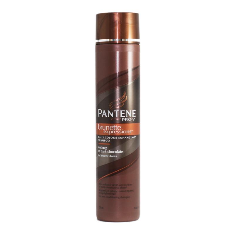 Đây là loại dầu gội cho tóc nhuộm luôn có màu tự nhiên, đặc biệt phù hợp với mái tóc nâu