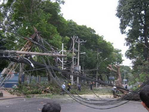 Chuẩn bị các đồ dùng chiếu sáng thiết yếu để đề phòng mất điện trong mùa mưa bão