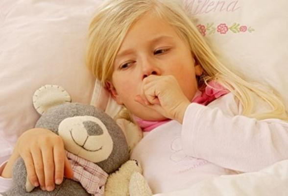 Hóa chất phthalate trong đồ nhựa khiến trẻ nhỏ dễ mắc bệnh hen suyễn