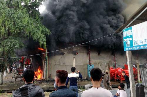 tin tức mới cập nhật hôm nay đề cập đến vụ cháy tại cửa hàng Kinh doanh ở Hà Tĩnh ngày đầu năm