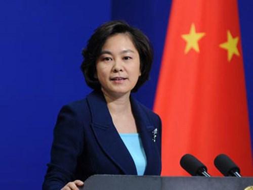 Bà Hoa Xuân Oánh - phát ngôn viên Bộ ngoại giao TQ