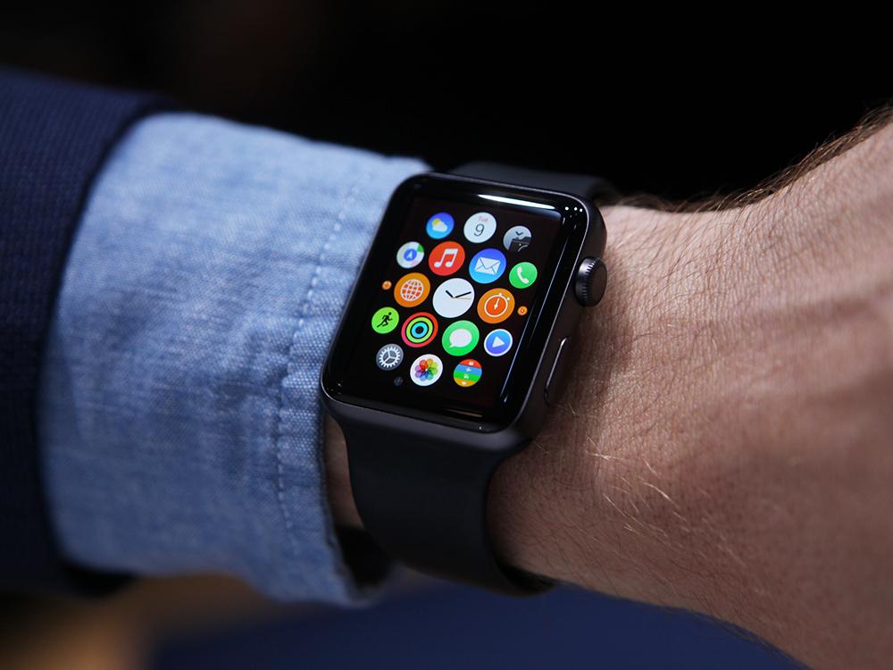 Đồng hồ Apple Watch khi mới ra đời đã tạo nên bước ngoặt cho Apple