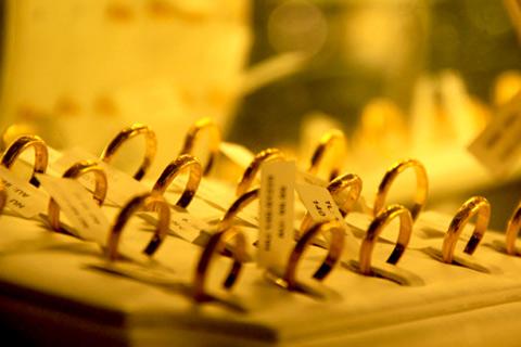 Diễn biến của thị trường vàng trong nước và thế giới đang rất căng thẳng