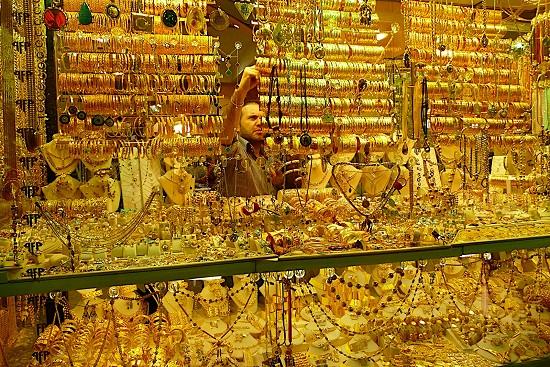 Dự đoán giá vàng thế giới tuần tới sẽ suy yếu do tác động từ khủng hoảng nợ Hy Lạp