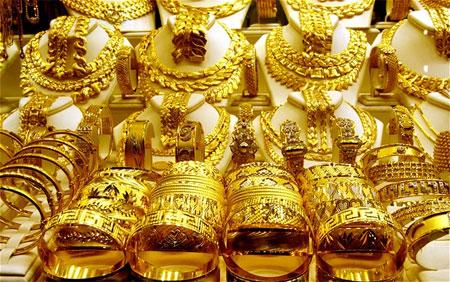 Giá vàng thế giới đang có những chuyển biến tích cực, kim loại quý khác cũng đồng loạt tăng giá