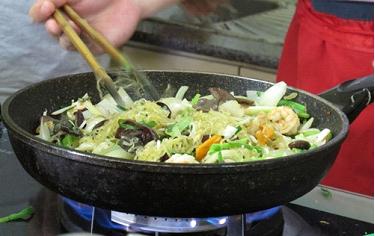 Nhiều thói quen xào nấu rau sai lầm gây hại sức khỏe