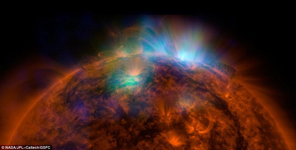 Các nhà nghiên cứu vẫn chưa thể tìm ra nguồn gốc của hiện tượng bí ẩn hố vành nhật hoa trên bề mặt Mặt Trời