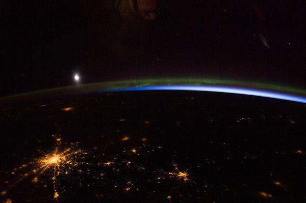 Hình ảnh tuyệt đẹp về đêm trên Trái Đất