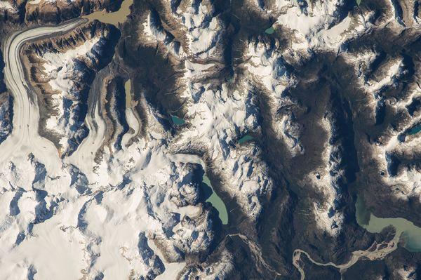 Hình ảnh tuyệt đẹp của cánh đồng băng tại Patagonia, Chile