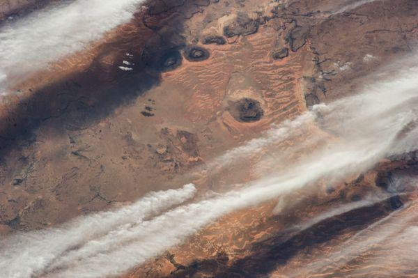 Hình ảnh tuyệt đẹp của những cơn gió trên sa mạc Sahara