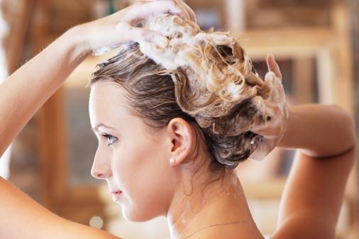 Các sản phẩm chăm sóc tóc tiềm ẩn nhiều hóa chất gây ung thư cho người dùng