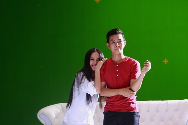 Hoài Lâm cho ra mắt MV đầu tay: hậu trường luôn có tâm trạng thoải mái
