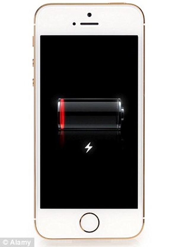 iPhone 5 bán ra trong thời gian từ tháng 9.2012 - tháng 1.2013 nhiều khả năng pin bị lỗi, nhanh hết pin hơn