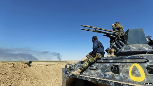 Những dân quân Shia, được Iran cung cấp vũ khí và tiền bạc, nắm giữ vai trò quan trọng trong cuộc hành quân chiếm lại Tikrit