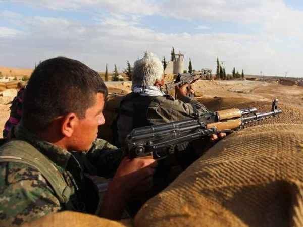Thủ tướng Haider al-Abadi hối thúc tăng cường hỗ trợ vũ khí cho lực lượng đang chiến đấu tại tỉnh Anbar