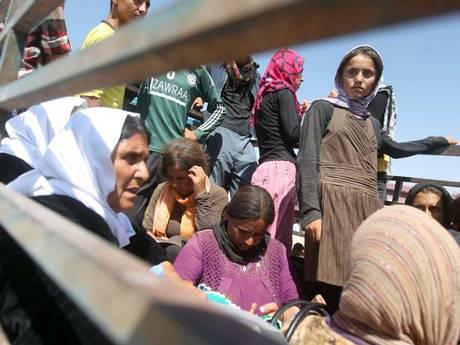 Phụ nữ Yazidi bị khủng bố IS bắt giữ, hãm hiếp và đối xử tàn nhẫn