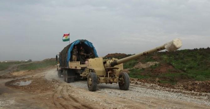 Lực lượng người Kurd tại Iraq kéo đại bác tới thành phố Sinjar chống khủng bố IS