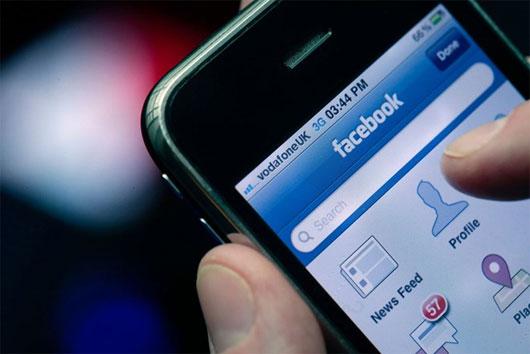 lây lan cảm xúc qua mạng xã hội trực tuyến