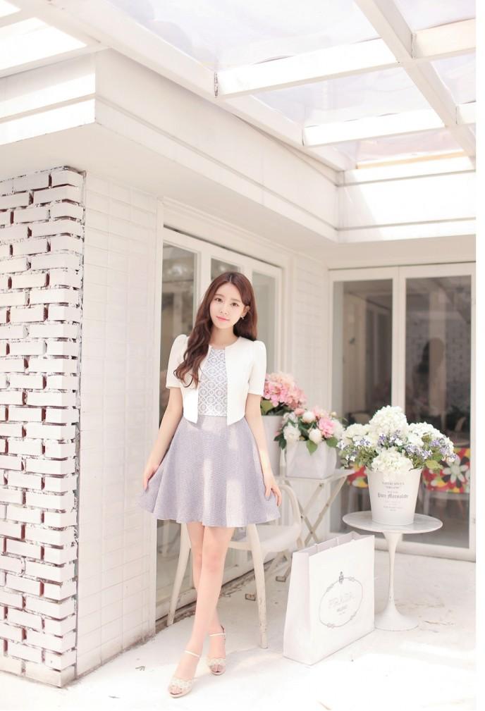 Cùng sắm những mẫu váy đầm công sở mới nhất để tự tin mặc đẹp mỗi ngày