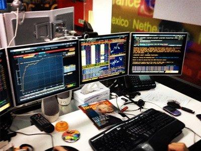 Thiết bị Bloomberg Terminal trở nên rất cần thiết đối với những người giao dịch.