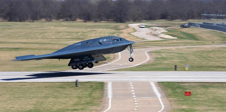 Mỹ điều máy bay ném bom tàng hình B-2 tới tập trận ở châu Âu