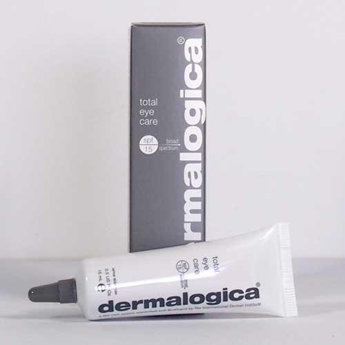 Dermalogica giúp bảo vệ và nuôi dưỡng làn da vùng mắt đồng thời giảm bớt dấu hiệu của quầng thâm