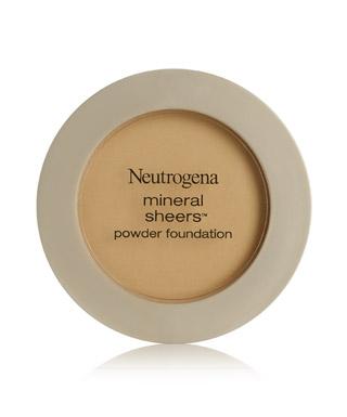 Kem nền dạng bột Mineral Sheers của Neutrogena chỉ để lại một lớp nền rất mỏng mịn, gần như không trang điểm