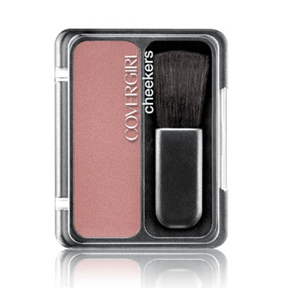 Phấn má hồng Classic Color Powder Blush là loại mỹ phẩm giá rẻ tiện lợi, với nhiều lựa chọn màu sắc