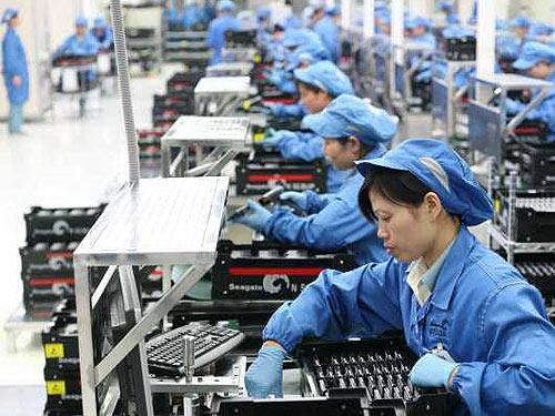 Tốc độ tăng trưởng năng suất lao động của Việt Nam vượt các nước Singapore, Malaysia