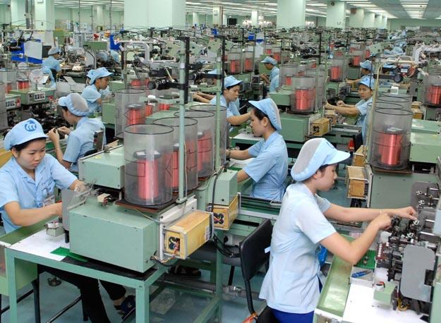 Dự đoán nền kinh tế Việt Nam trong năm 2015 sẽ tiếp tục tăng trưởng