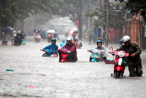Theo tin mới nhất về bão số 3, nhiều tuyến đường của Thủ đô Hà Nội có thể bị ngập nặng do bão Kalmegie gây mưa lớn.