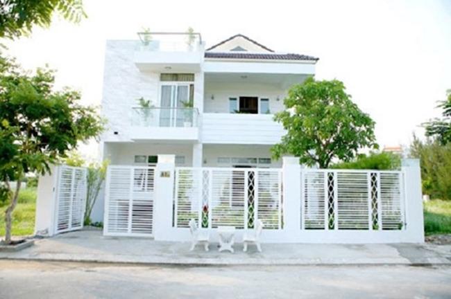 Toàn cảnh căn biệt thự của Quyền Linh ở quận 7, TP. Hồ Chí Minh với sân vườn, bể bơi, nội thất sang trọng