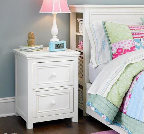 Nội thất phòng ngủ cũng không thể thiếu kệ đầu giường. Ảnh minh họa