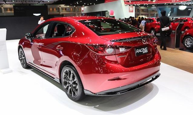 Ô tô Mazda 3 Racing Series được phát triển lên từ bản động cơ 2.0 lít SKYACTIV
