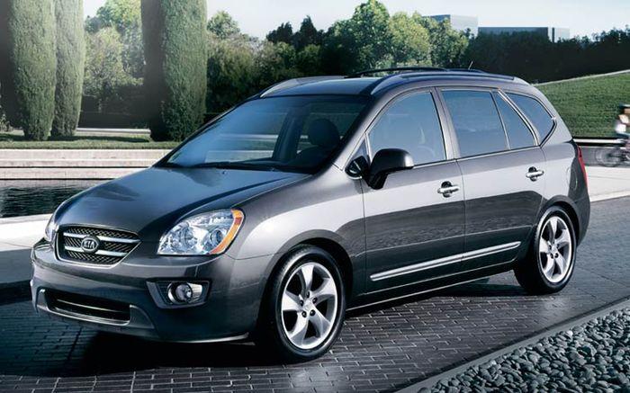 Ô tô giá rẻ Kia Rondo 7 chỗ hứa hẹn mang lại những trải nghiệm thú vị cho người dùng
