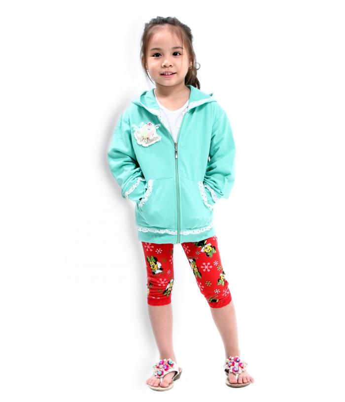 Áo khoác nỉ luôn ấm và rất đa dạng về kiểu dáng và màu sắc