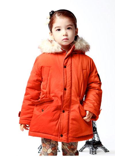 Quần áo mùa đông 2014 cho bé không thể thiếu áo phao
