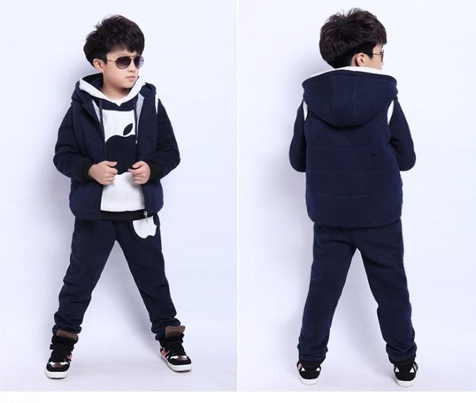 Áo khoác nỉ không thể thiếu trong tủ đồ quần áo mùa đông 2014 cho bé trai