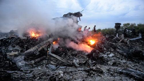 Máy bay MH17 bị rơi bởi