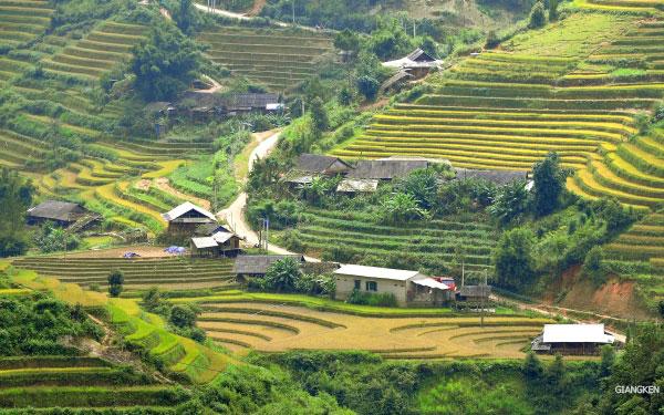 La Pán Tẩn là một trong ba xã của Mù Cang Chải có ruộng bậc thang được xếp hạng Di tích danh thắng quốc gia năm 2007, cùng với Dế Xu Phình và Chế Cu Nha