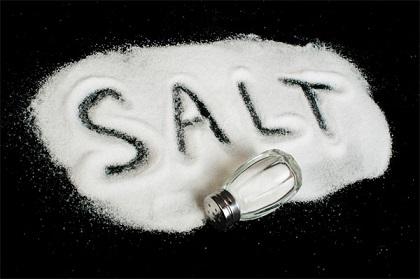 Sai lầm trong ăn uống thường gặp là ăn quá ít muối