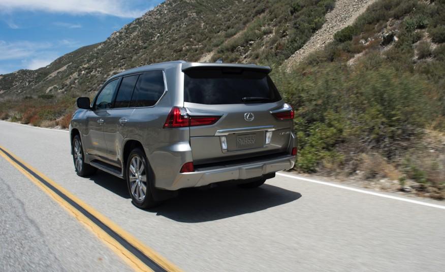 Lexus tích hợp thêm công nghệ chế độ lựa chọn đa địa hình
