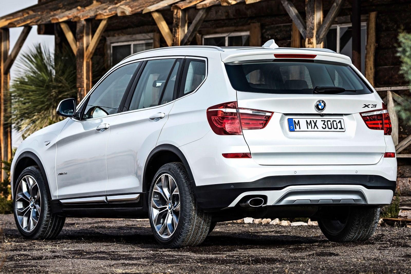 BMW đưa ra 2 tùy chọn bộ truyền lái cho X3, cả 6 xi-lanh và tự động 8 cấp
