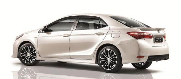 Toyota Corolla 2015  sử dụng động cơ xăng Dual VVT-I 1.8 L