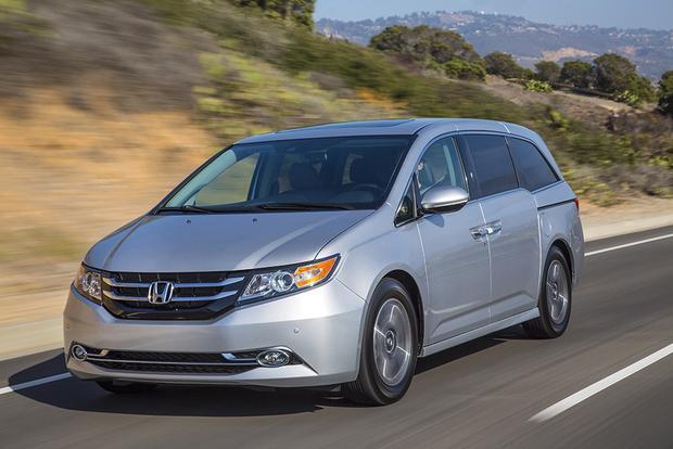 Thiết kế của Honda Odyssey 2016 cá tính và ghồ ghề hơn