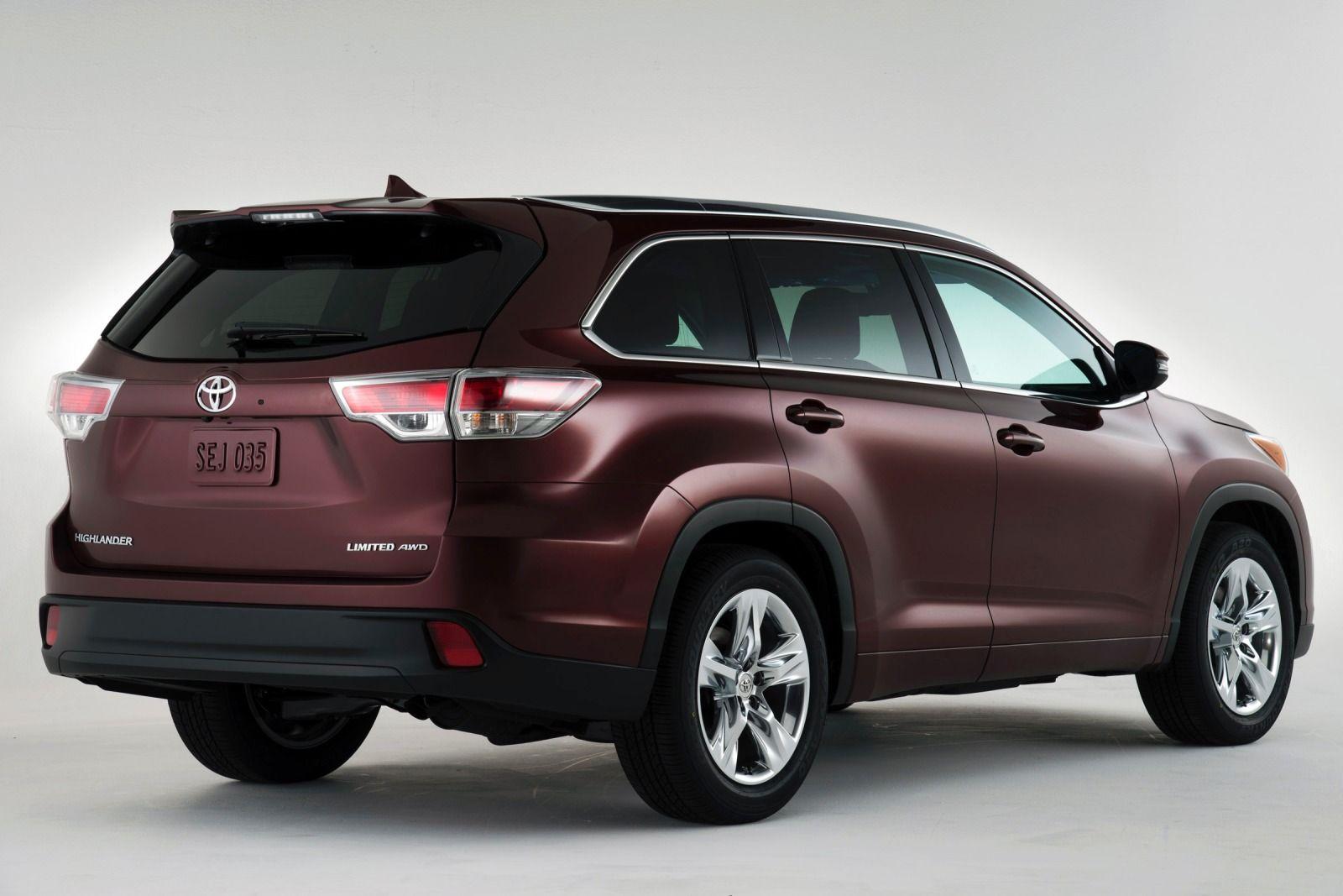 Bên trong nội thất của Highlander được Toyota bổ sung nhiều tính năng mới