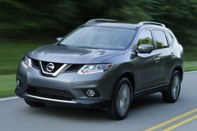 Khi so sánh ô tô, Nissan Murano 2015 có nhiều thay đổi thiết kế hơn Nissan Rogue